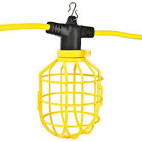 12/3 100' 15 AMP STRINGLIGHT WITH PLASTIC GUARD